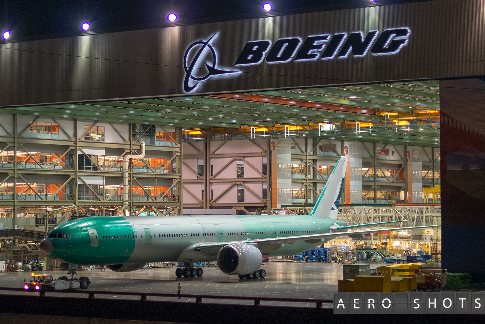 Cathay_Pacific_CX_777_B-KQW_Paine_PAE