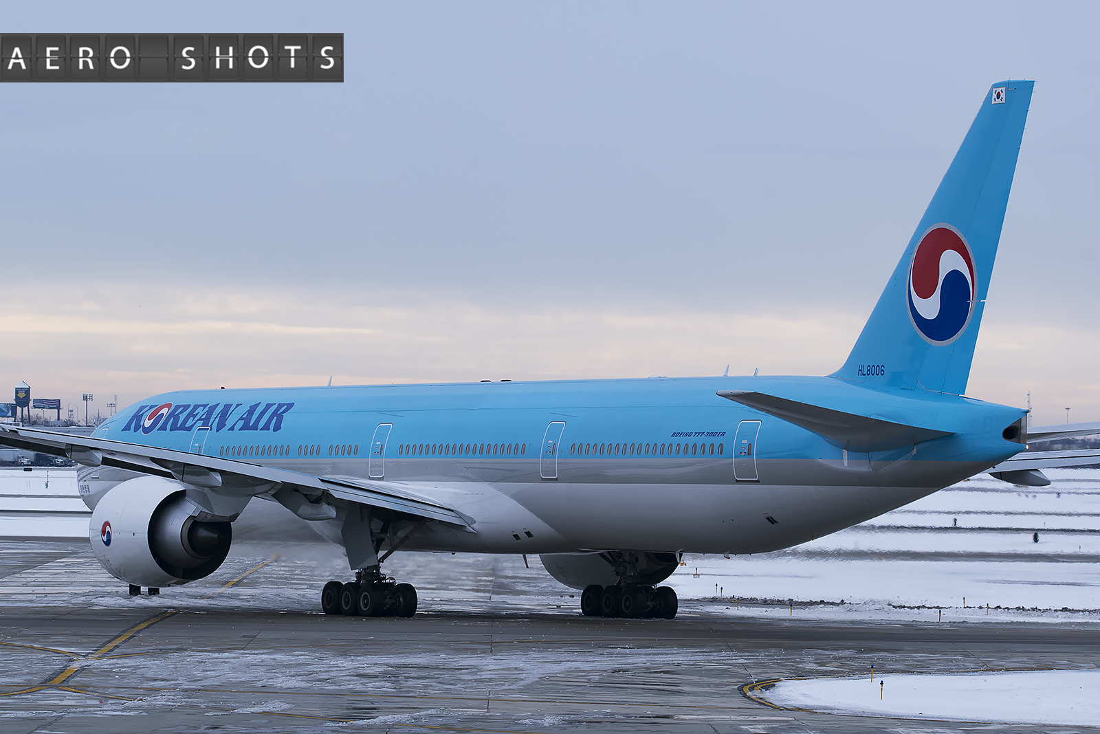 Korean_777_HL8006_Chicago_ORD