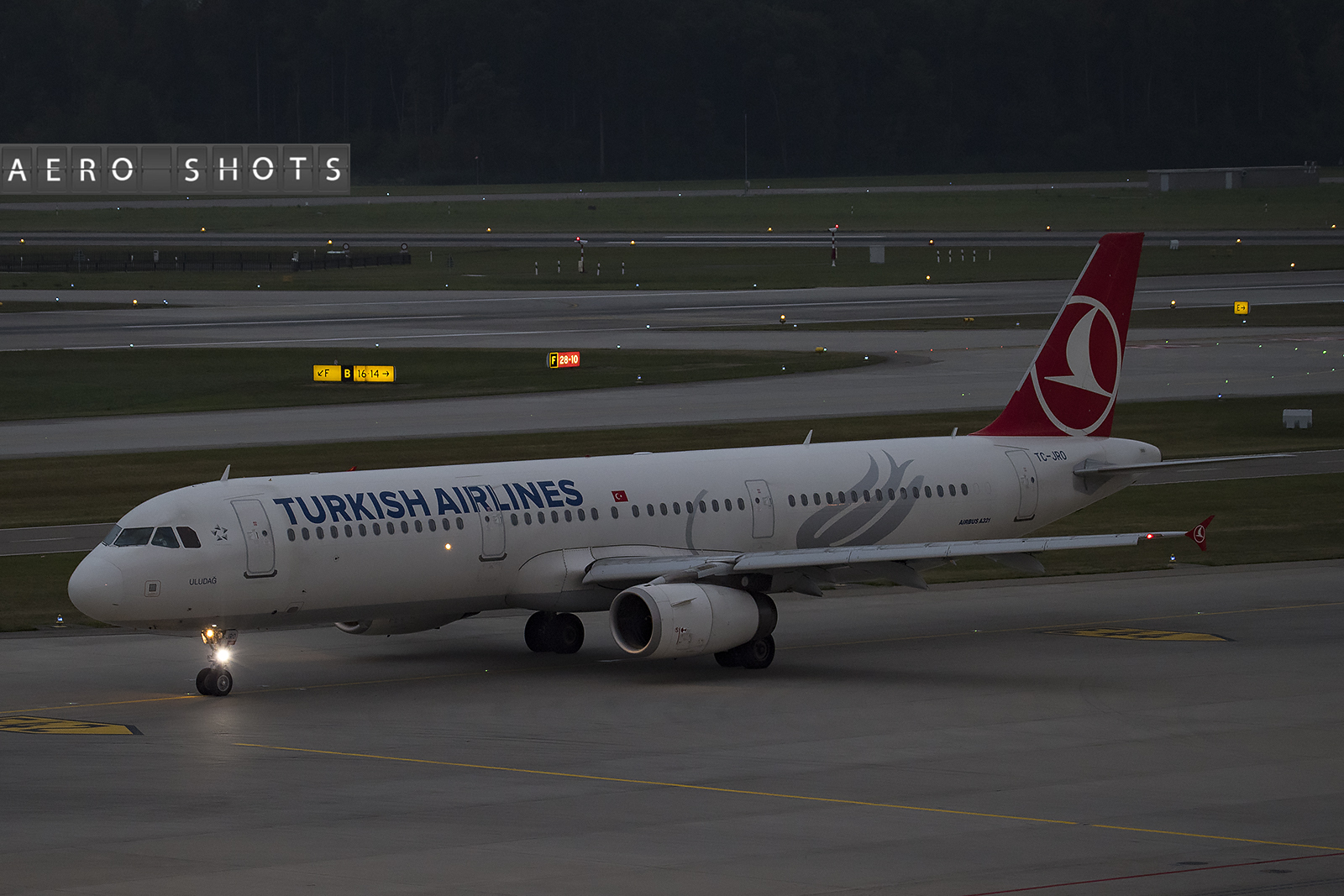 turkish_tk_a321_tc-jro_zurich_zrh