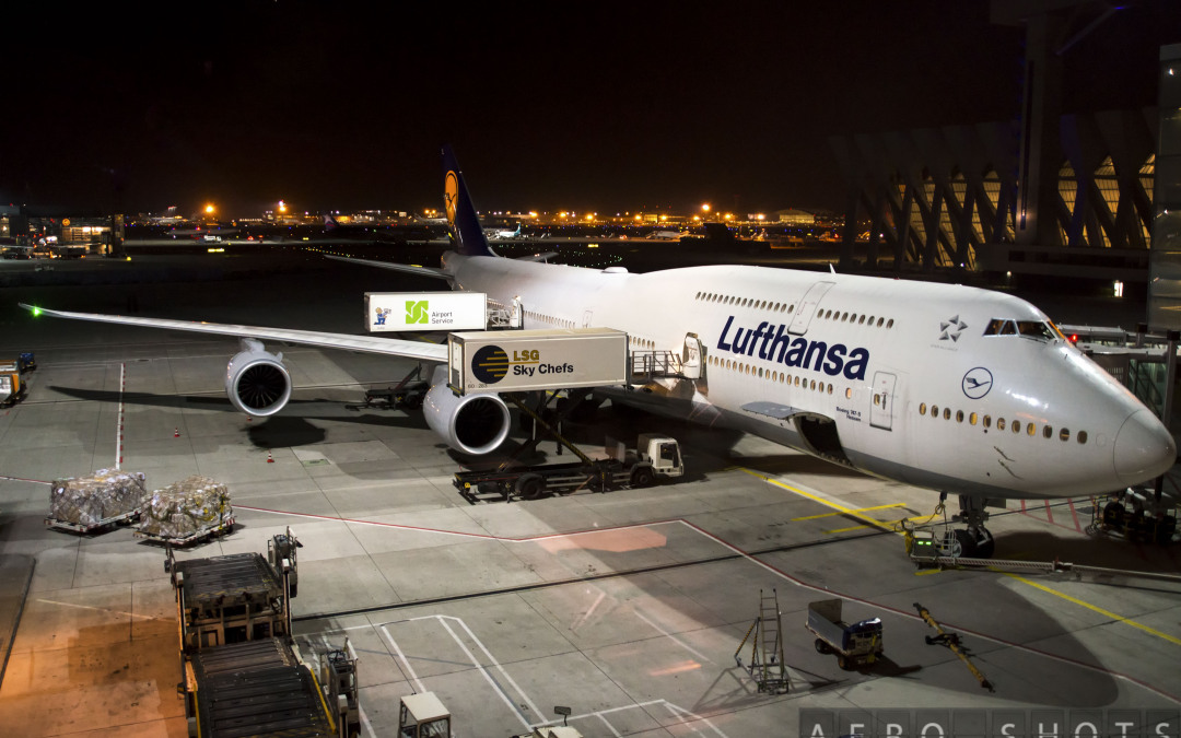 The Night Time Is The Right Time…..For Lufthansa Plane Spotting in Frankfurt!